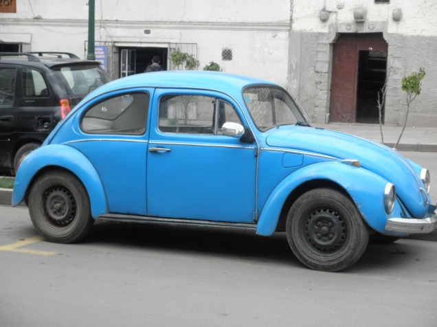 There are vintage VW Beetles EVERYWHERE in Peru- on the walk to dinner one night I counted over 15 (on back streets)!
