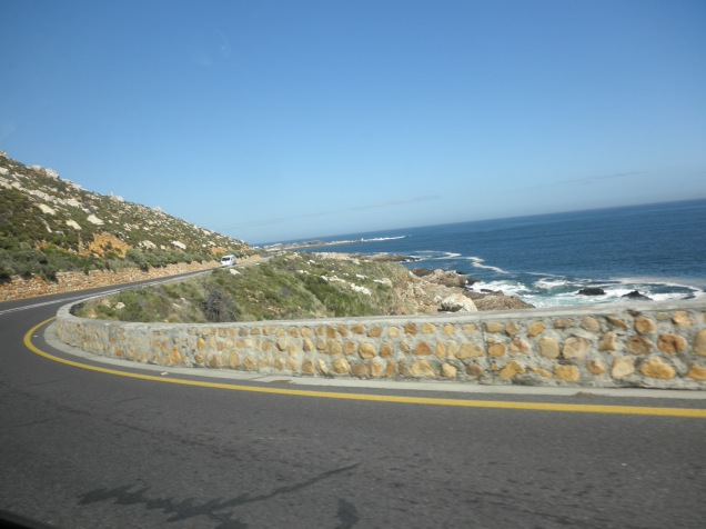 Clarence Drive (R44)