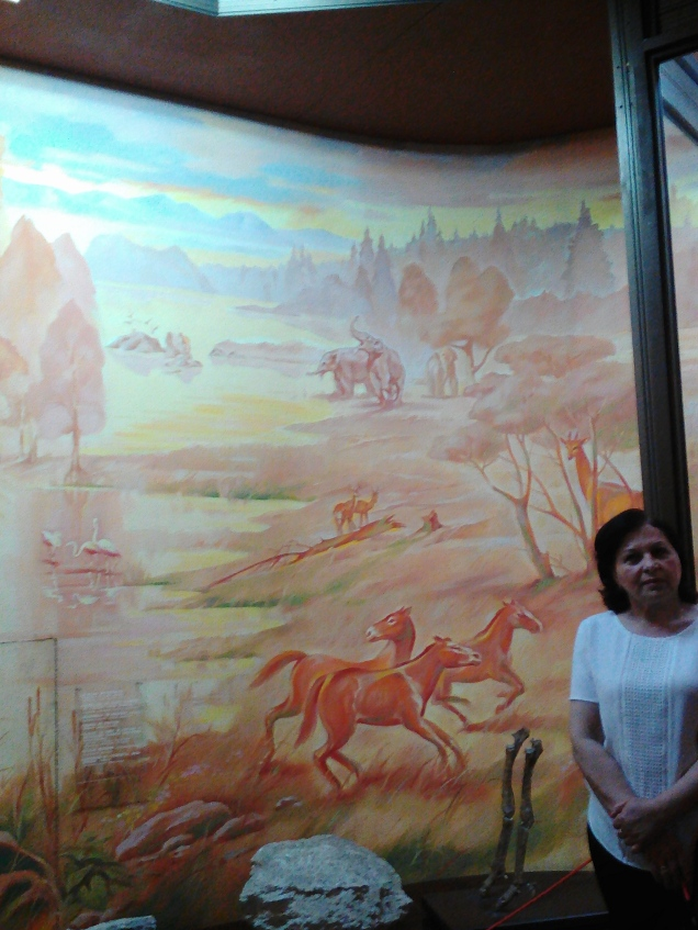 Another great mural at the National Museum of Ethnography and Natural Science, showing animals living after the extinction of the dinosaurs but before human arrival