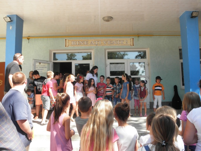 """5th graders ready to sing (and dance) """"The Hokey Pokey"""""""