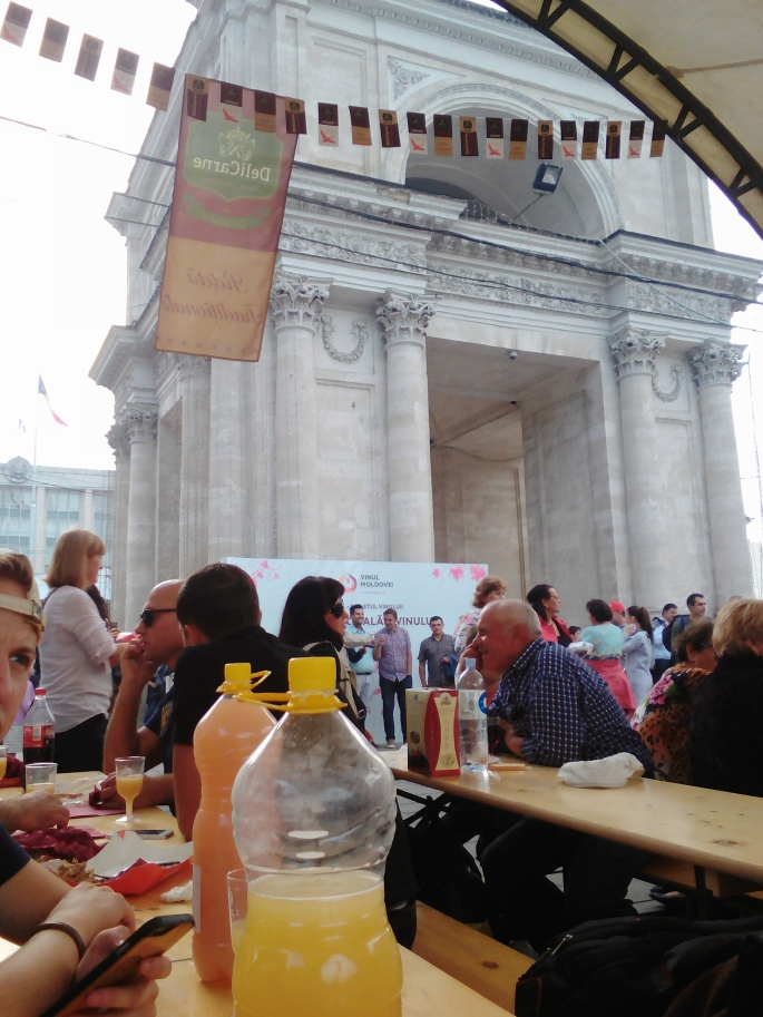 We enjoyed our wine next to the arch, given by the French and modeled after the Arc de Triomphe