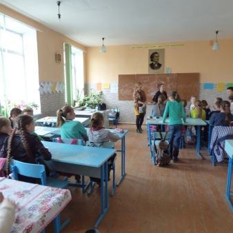 """""""Victorina"""" (Trivia Competition) with 5th graders"""